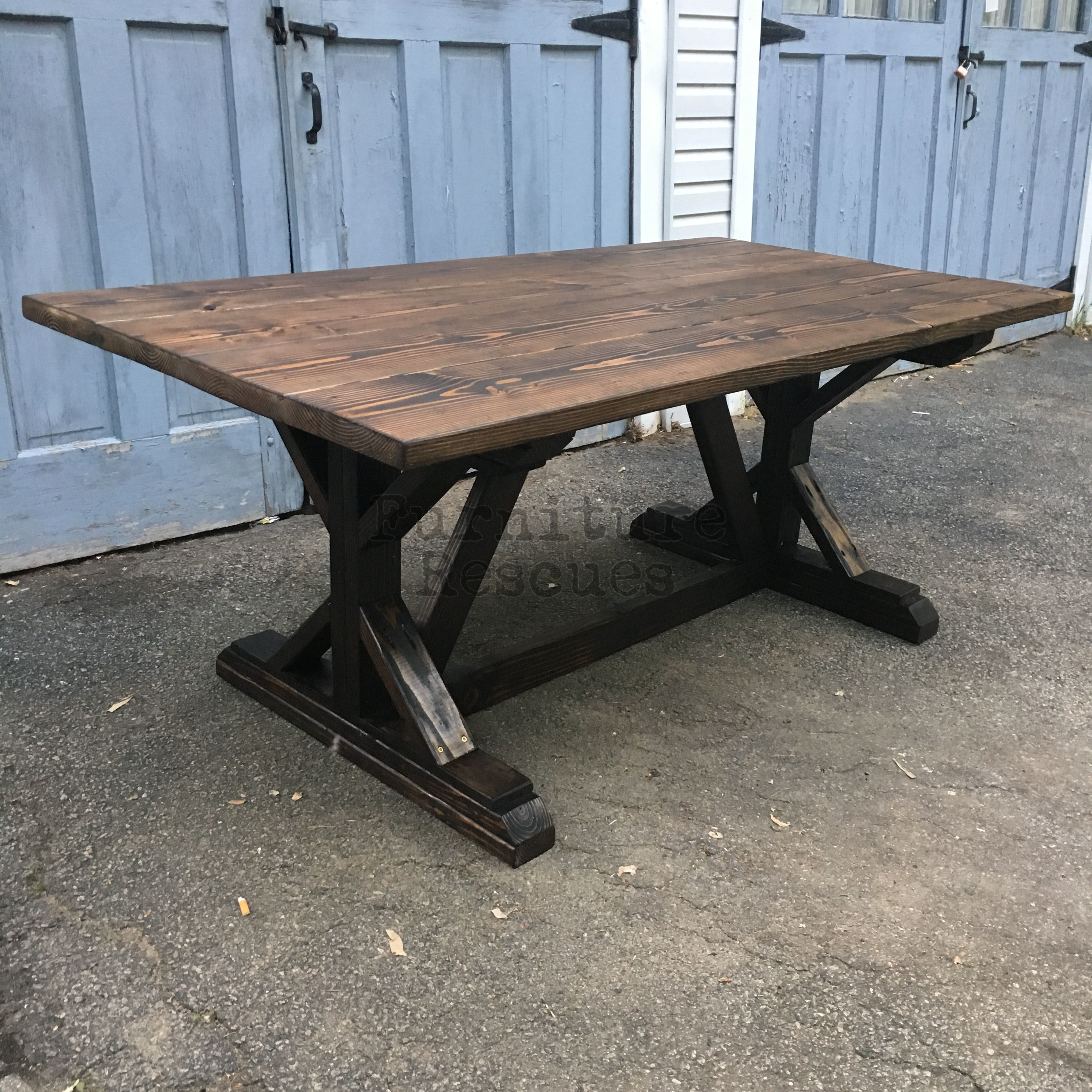 Farm style rustic dining table furniture rescues for Dining tables rustic farmhouse